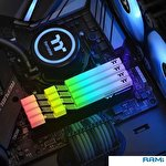Оперативная память Thermaltake ToughRam RGB 2x8GB DDR4 PC4-35200 R009D408GX2-4400C19A