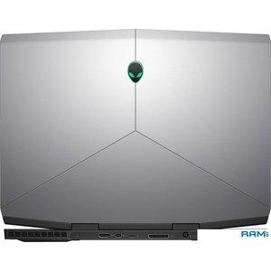Ноутбук Dell Alienware M15-8055